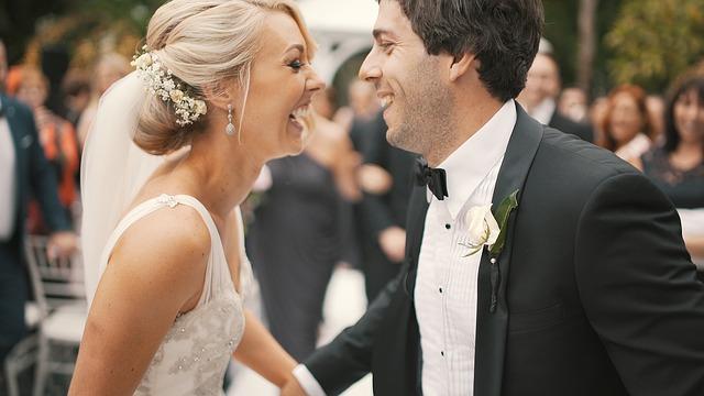 šťastní novomanželia.jpg