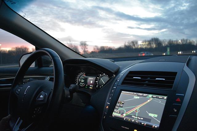 Navigácia vo vozidle.jpg
