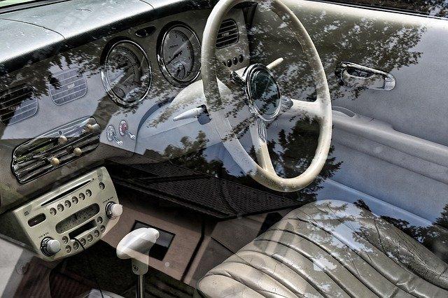 Interiér v Nissane.jpg
