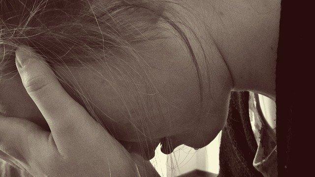 žena plače.jpg
