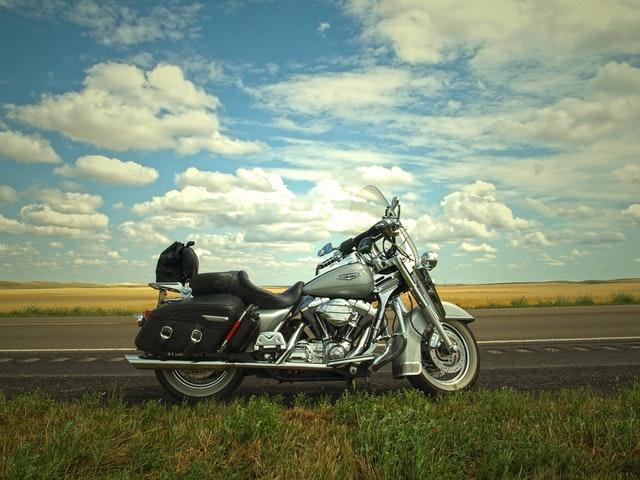 cestovná motorka